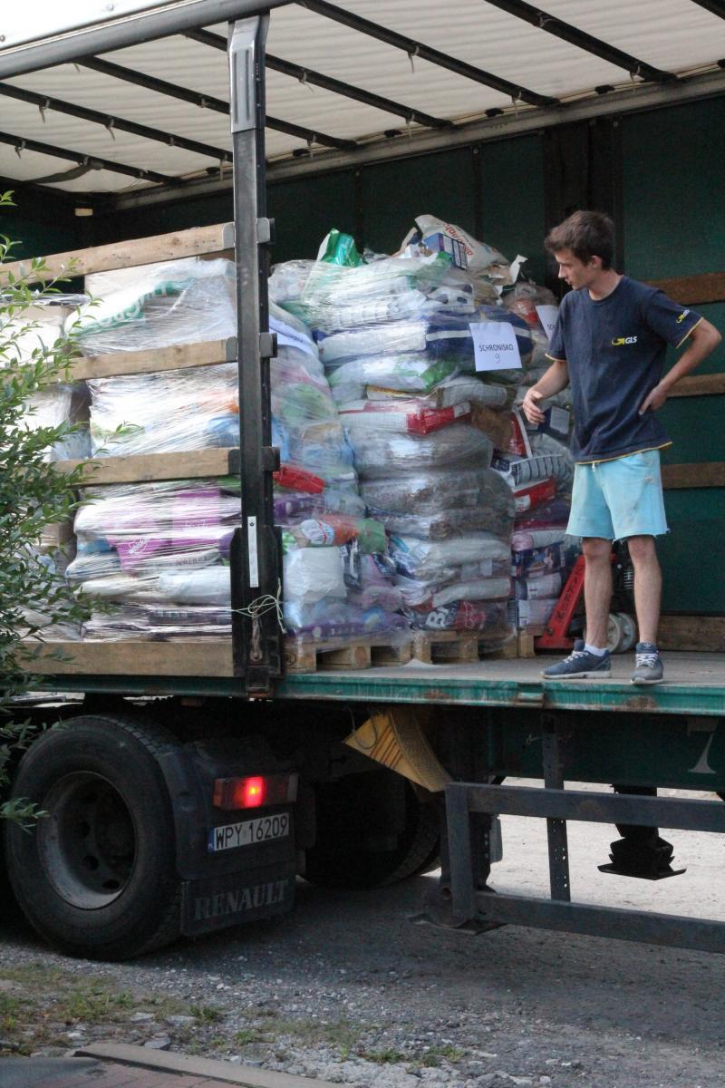 Ciężarówka dotarła...jak to rozładować...